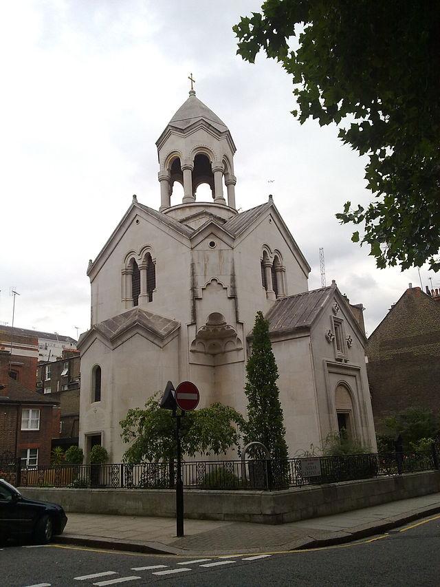 640px-Saint_Sargis_Armenian_church_in_London-4